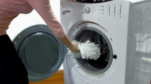 Can I Wash Spin Mop Head in Washing Machine?